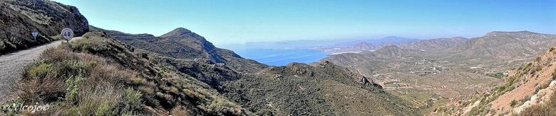 """Panorama Spaanse kust.... - In de verte is Mazarron te zien.<br /> <br /> Bedankt voor al jullie reacties op mijn vorige foto&#039;s.<img  src=""""/ima"""