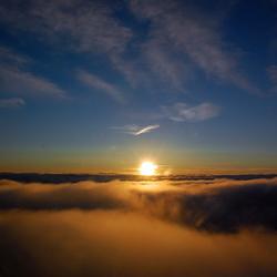 Tussen zon en wolken