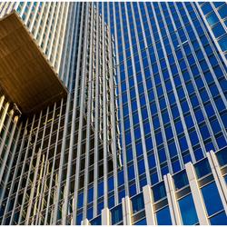 reflectie en lijnen in Rotterdam