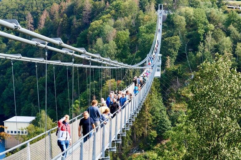 Hangbrug TitanRT-4 - Weekje Harz met bezoek aan deze brug. <br /> Zie ook ander upload op 210 mm voor het verschil in perspectief.