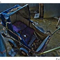 Verlaten Kinderwagen