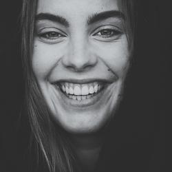 F L O O R - smile