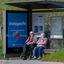 Samen wachten op de bus in tijden van Covid 19