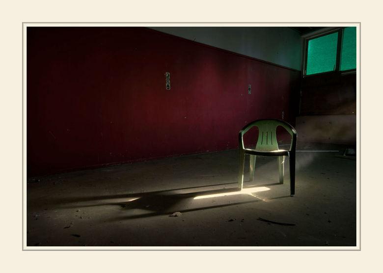Lonely Chair - Urbex locatie binnen 4 km van mijn woonplaats