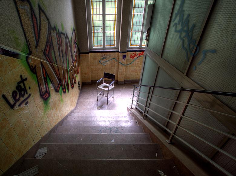 SB Hospital 10 - Op 17-7-2010 hebben Daan en ik een bezoek gebracht aan dit ziekenhuis<br /> <br /> Het is een hdr foto<br /> <br /> Kijk ook eens