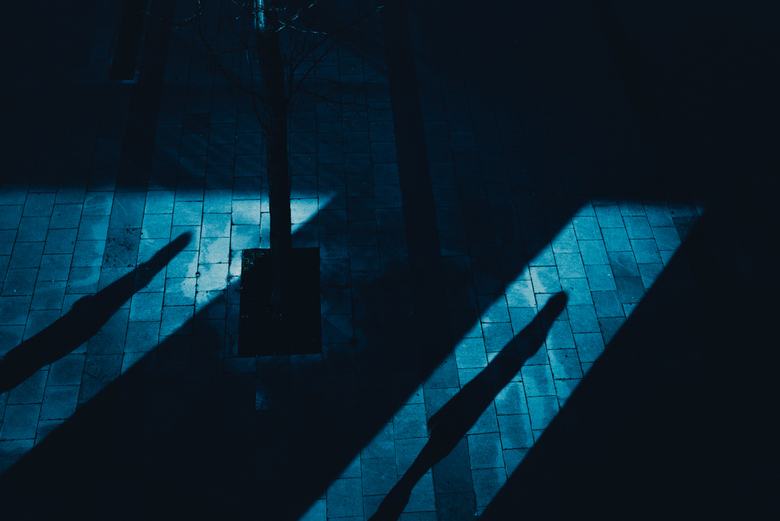 Street shadows - Straatbeeld in Maastricht