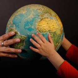 Geef de aarde door, voor hen!