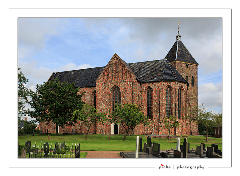 Jacobuskerk Zeerijp - Vandaag een wandeling in Noord-Groningen gemaakt bij een aantal oud-Groninger kerken. Echt geweldig mooi en boeiend om te doen.