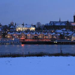 Waalkade Nijmegen vanuit Lent