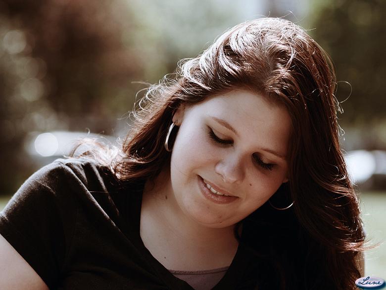 Denise1 - Denise in het zonlicht