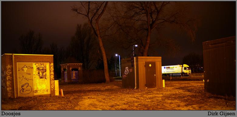 Doosjes - vierkante doosjes langs de weg... een erva is het kapelletje in mijn volgende up-load.<br /> <br /> deze is de eerste die ik heb genomen m