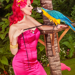 Can parrots say Tiki?
