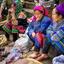Klederdracht op de markt van Bac Ha in noord-Vietnam