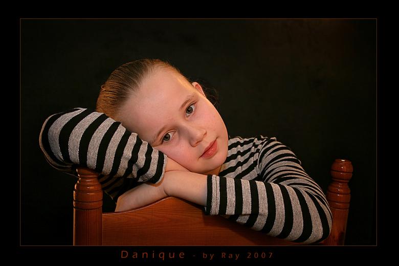 Danique - Onlangs bij crew-member en goeroe Elco van den Donker langs geweest (voor de soep zooi) en mijn dochter Danique op de foto gezet m.b.v. de s