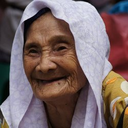 Malasian old lady!!