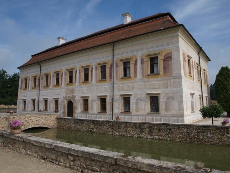 Kratochvile - prachtig kasteel in Italiaanse Renaissance stijl gebouwd<br /> te Kratochvile, Tsjechië.