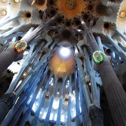 Kathedraal van licht en kleur