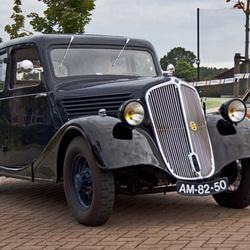 Renaults eerste .....☺!
