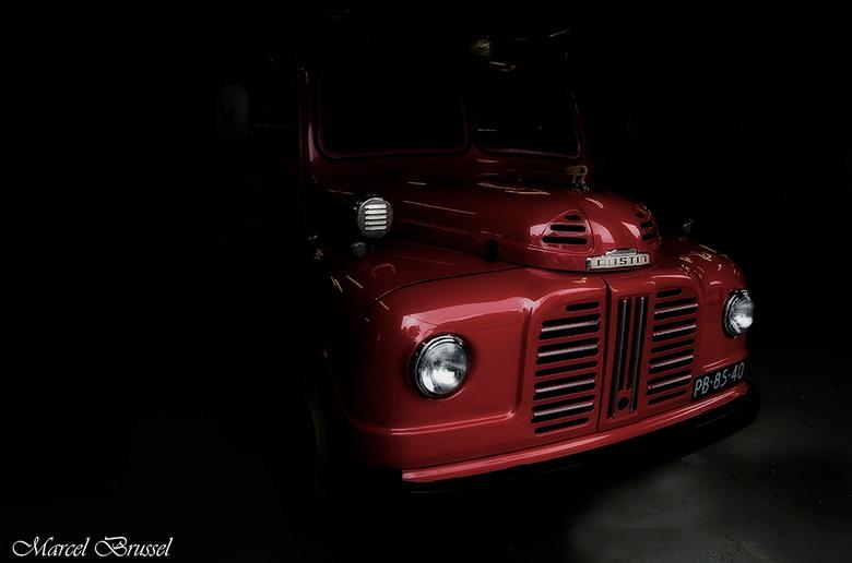 Austin - Oude autospuit van brandweer krommenie.Ik vond dit wel het proberen waard .