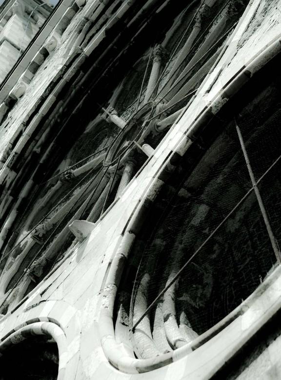 Cathedral - Tijdens de vakantie in la douce France
