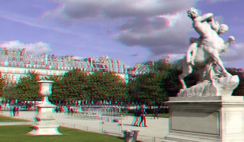 Jardin des Tuileries Paris 3D - Jardin des Tuileries Paris 3D<br /> anaglyph stereo red/cyan  Fuji w3