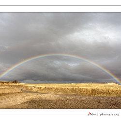 Regenboog boven Cappadocie