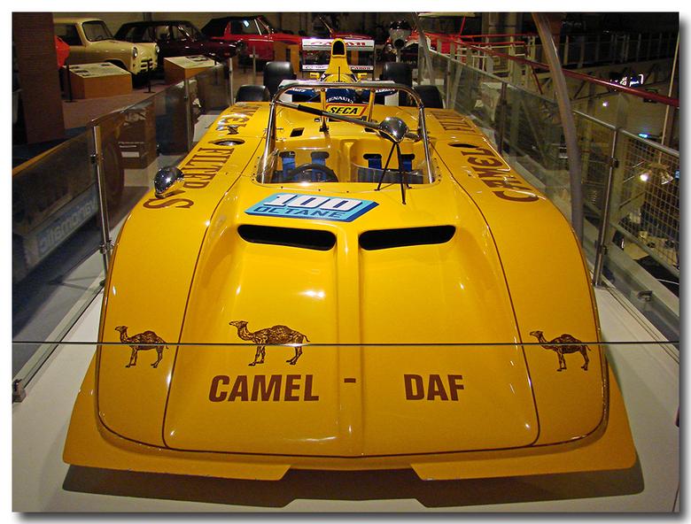 Te zien in het Daf museum - Vanwege het 25-jarig jubileum van de Witte Raaf een feestje gehad in het Daf museum, daar zag ik dit snelheidsmonster.<br