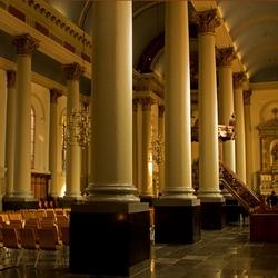 Sint-Antoniuskathedraal-interieur
