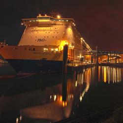 Pride of Hull, panorama in hdr
