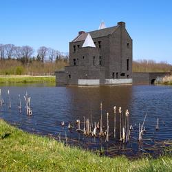 Modern kasteel in idyllise omgeving