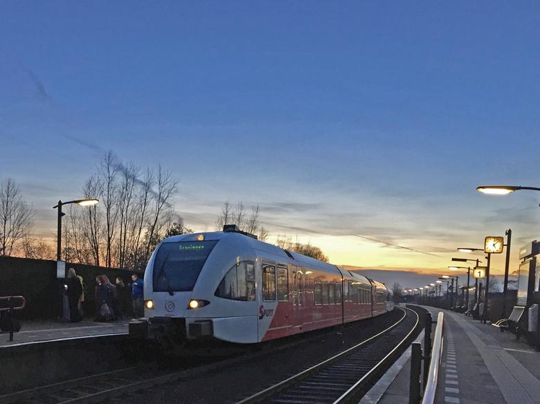 1. Trein in De Westereen 16 jan. 2020 - Trein op weg naar.....