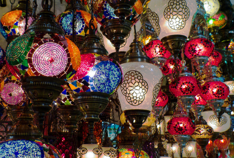 Grandbazaar - De Grand Bazaar is een kleurexplosie op zich. Het valt niet mee (vond ik) om daar een fatsoenlijke foto te maken, het is zo druk dat je