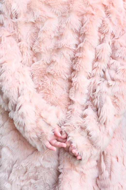 Observer in pink -