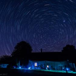 sterrenspoor boven een Franse vakantiewoning