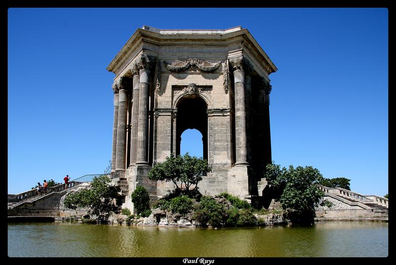 Le monument de la place royale