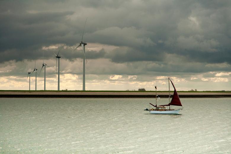 windenergie - Wolken, water en wind.