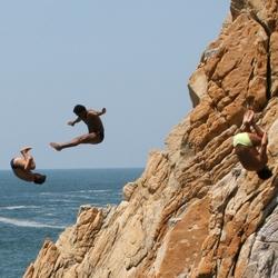 Acapulco cliffdivers