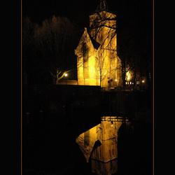 Grote kerk Edam bij avond