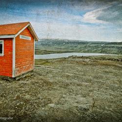 Little house on the mountain...