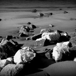 Keien langs het Waalstrand