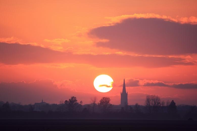 De Goeie ! - De zon gaat onder bij Steenwijk en voor mij,nu toch echt definatief bij zoom!! De Goeie Hielke