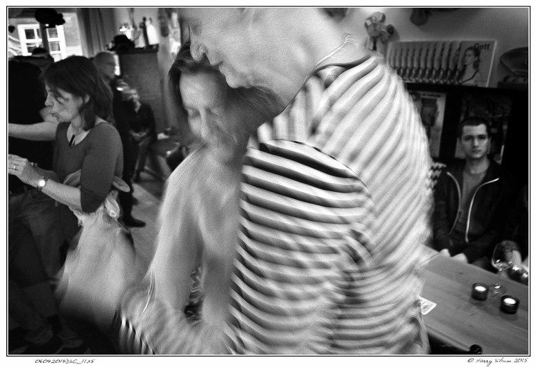 la Danse au Café Noir -