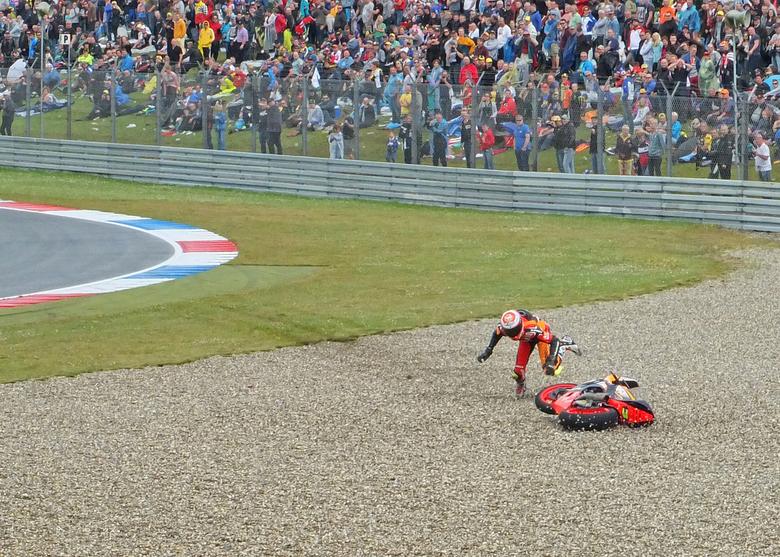 Simone Corsi Moto2 valpartij - een van de kanshebbers tijdens de Dutch TT 2014 in de klasse Moto2