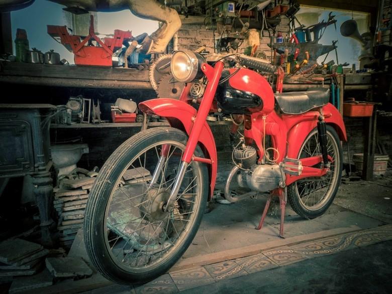 Rode brommer...