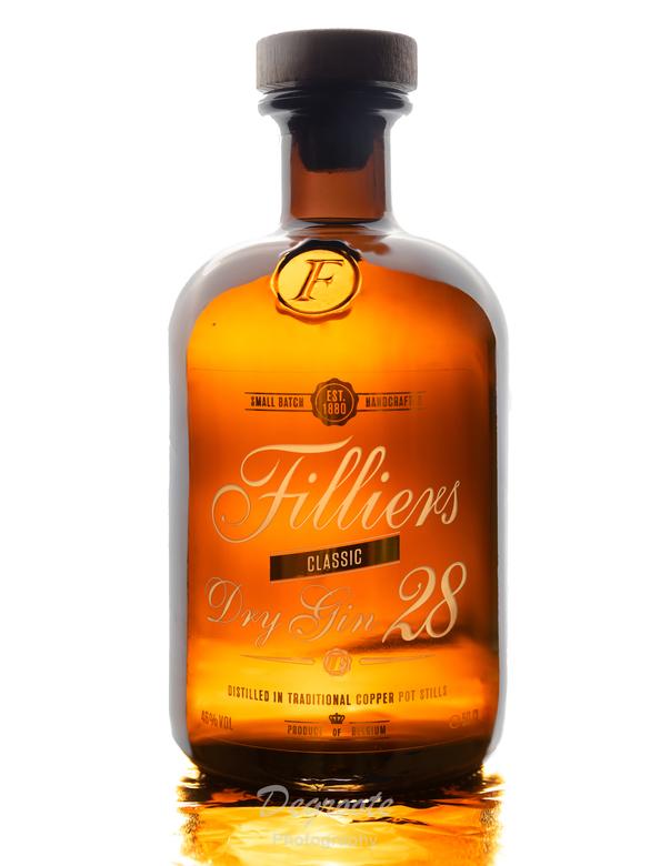 Filliers Gin - Een fles gin van Filliers.