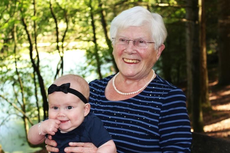 oma & kleindochter - Oma & kleindochter