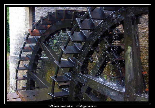 watermolen - De waterraderen van de molen in Singraven