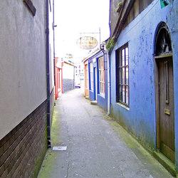 Alley Bandon