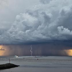 Onweer Boven Wad