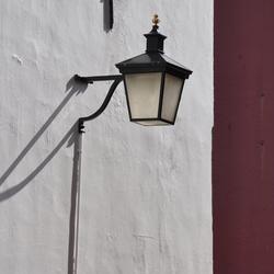 Lamp op de muur